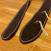 鹿紐フリンジ スムースレザーギターストラップ/手縫い/一点もの