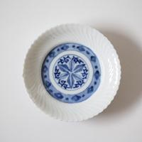 【季節のうつわ】伊万里染付捻文小皿(その3)11.8cm Imari Blue and White Small Dish with Twisted Pattern 19th-20th C