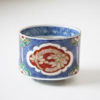 【千代久】古伊万里色絵松竹梅文半筒猪口(その1)Imari Blue Polychrome Cup with Shochikubai Design 18th C