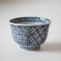 【千代久】古伊万里染付幾何学文猪口(その7)Imari Blue and White Cup with Geometric Patterns 19th C