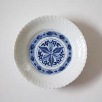 【季節のうつわ】伊万里染付捻文小皿(その2)11.9cm Imari Blue and White Small Dish with Twisted Pattern 19th-20th C