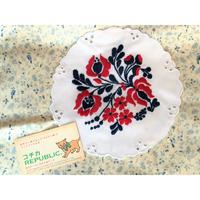 ハンガリー カロチャ刺繍 円型 トリコロール