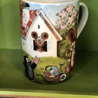 チェコアニメ クルテク マグカップ 『お家をつくろう』