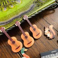 フランス製 木製 ボタン ギター