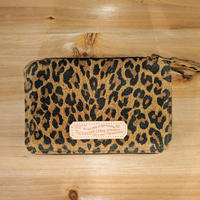 THE SUPERIOR LABOR / leopard print zip middle wallet