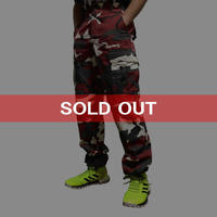 【USED】RED CAMO CARGO PANTS