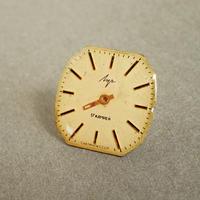 古時計の文字盤ピンバッジ #004