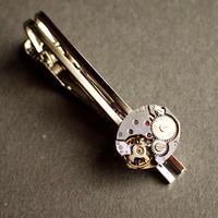 古時計の心臓ネクタイピン #004