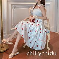 ワンピース ドレス ティアード シャーリング ストロベリー刺繍 リボンストラップ