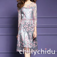 ワンピース ドレス 上品 7分袖 刺繍 メッシュ切替 ミディ丈 灰色