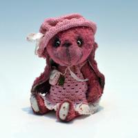 Chichibears / Flory / ピンクの帽子ウサギ