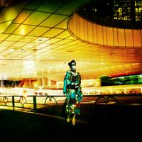 都会 Blade Kimono Woman -Stroll (さすらい)
