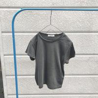 ヴィンテージ風チャコールTシャツ