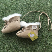 *JurianKinder*sheepskin baby shoe