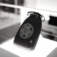 Crystal家紋入合財袋(黒)