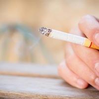 健康8 煙草と命、どちらを取りますか?