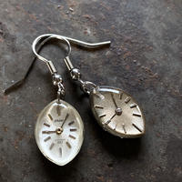 【new】antique dial hook pierced earrings【K0572】