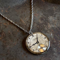 antique round dial necklace 【K0556】