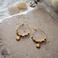 フープピアス Gold shell / Lagomt