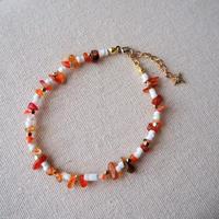 太陽モチーフ付き天然石ブレスレット(orange)