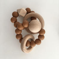 goron wood rattle+/red cray