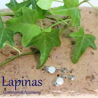 seed series マザーオブパールのピアス(CP9)