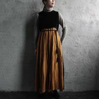 Tabrik no sleeve dress (black x camel)