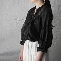 Tabrik bronze print  blouse (black)