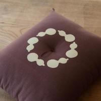 型染め本縫い小座布団 瓢箪