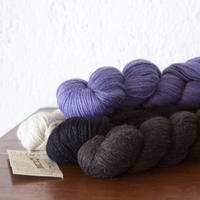 illimani『 LLAMA I 』ベビーリャマ100% De-haired Baby Llama/Worsted weight100gかせ