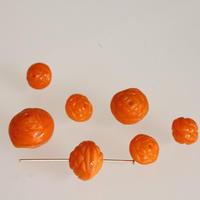 オレンジガラスのフラワービーズ【Sサイズ2個】 フランスヴィンテージ デッドストック