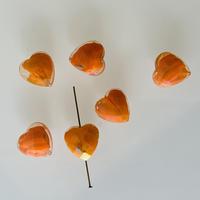 ハートカットガラスビーズ 1.4㎝(オレンジ) フランスヴィンテージ  デッドストック