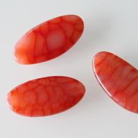 コーラル色の天然石ビーズ 4㎝  フランス 直輸入
