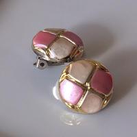 ピンク格子のイヤリング〈フランス1980年代デッドストック〉A2
