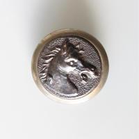 【ハンティングボタン】fh-16  馬のメタルボタン  25㎜ フランス