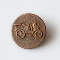 フランス 馬車デザインのメタルボタン 一つ穴22㎜