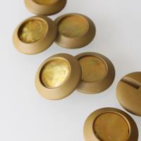 フランスボタン カーキ色センター光沢ヴィンテージボタン 一つ穴28ミリ デッドストック
