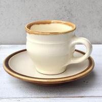 出雲 出西窯 コーヒー碗皿  白x飴釉