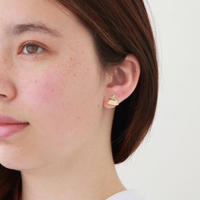 7mm gold triangle pierce