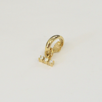 LIMITED COLLECTION【3 cubic zirconia earring ( horizontal / gold )】