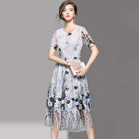 韓国ワンピース 花柄刺繍 エレガント シースルー ロングドレス 結婚式 二次会 FS056601