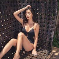 韓国ビキニ ストリングワンピース アダルト 大人女子向け  夏 海 プール FS058101