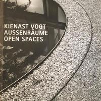 Kienast Vogt: Aussenraume / Open Spaces