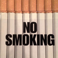 NO SMOKING / LUC SANTE
