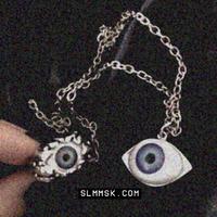 【LA0048】eyeネックレス
