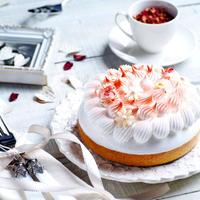 LikeSweetsBOX 月替わりケーキ(8月3日〜8/16日の配送ケーキはこちらになります)