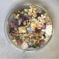 【限定一点】Lilaf クラッシックガラスとお花のアレンジメント pink