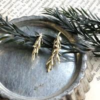[1月誕生花×誕生石]ローズマリーの真鍮イヤリング*Gold