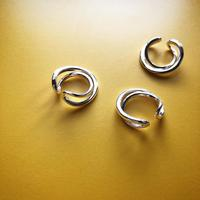 metal twist circle ear cuff