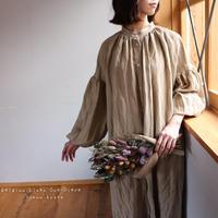 ○心地良く優しいリネン服○くったりベルギーリネンで魅せる、ボリュームいっぱい袖のギャザーシャツワンピース (ベージュ)